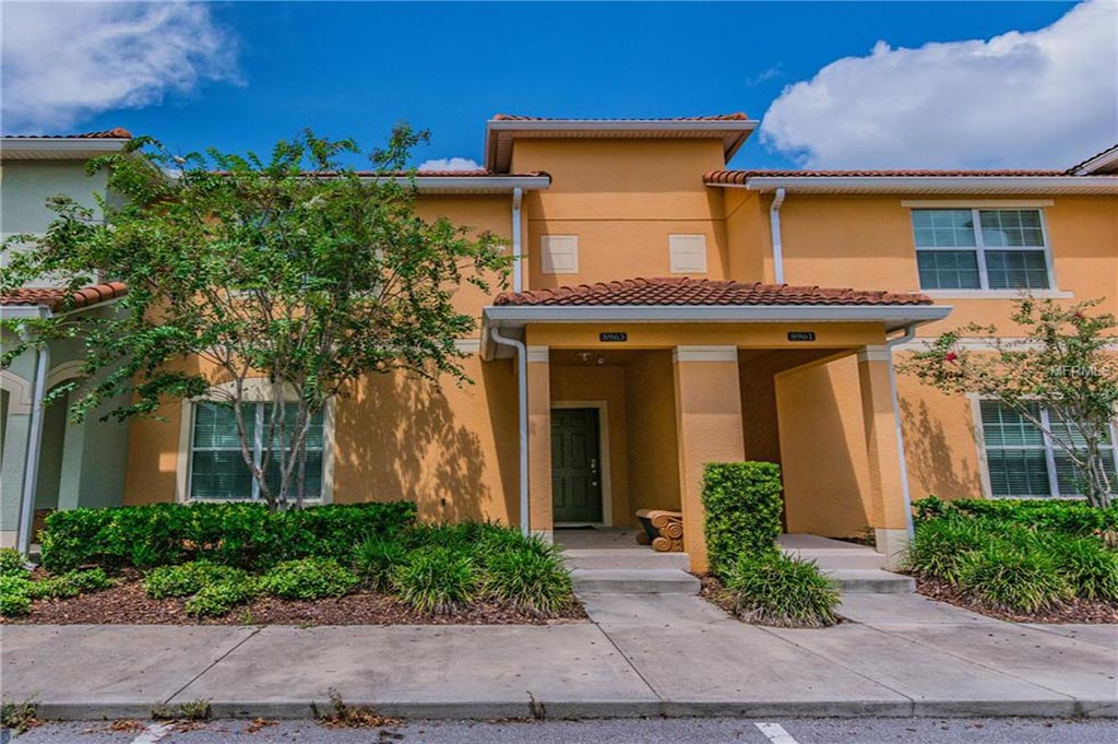 PARADISE PALMS resale home in Orlando Florida $225,000